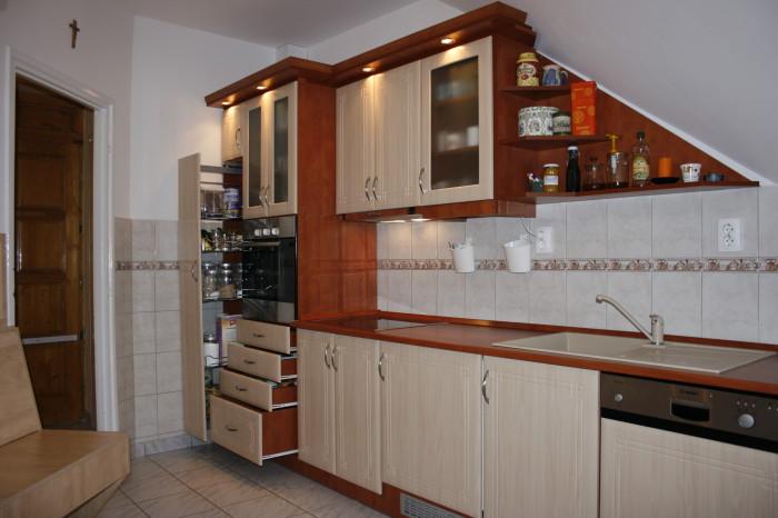 Tetőteres konyha 2